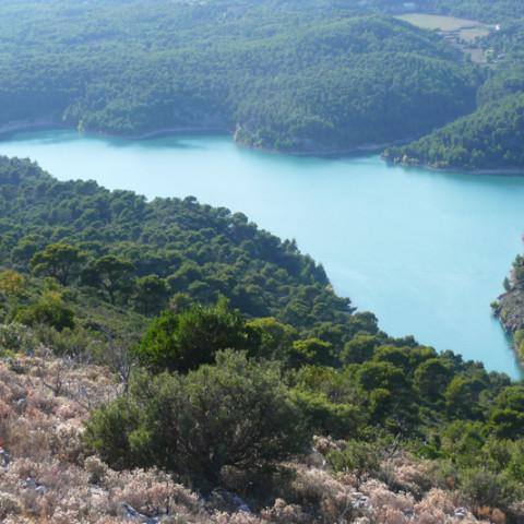 isola_sicilia_lago